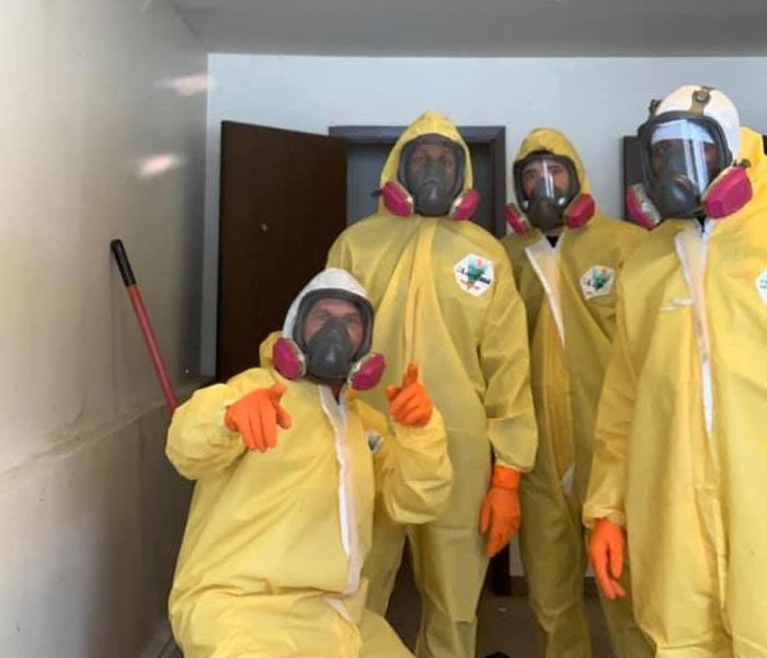 The hardworking SERVPRO of Farmington and Farmington Hills crew in PPE